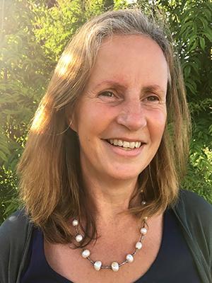 Dr Lynne Bollington