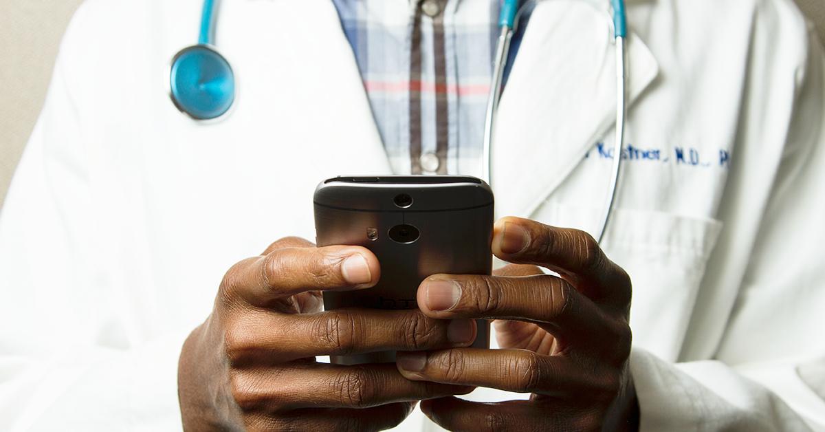 prescriber on smartphone